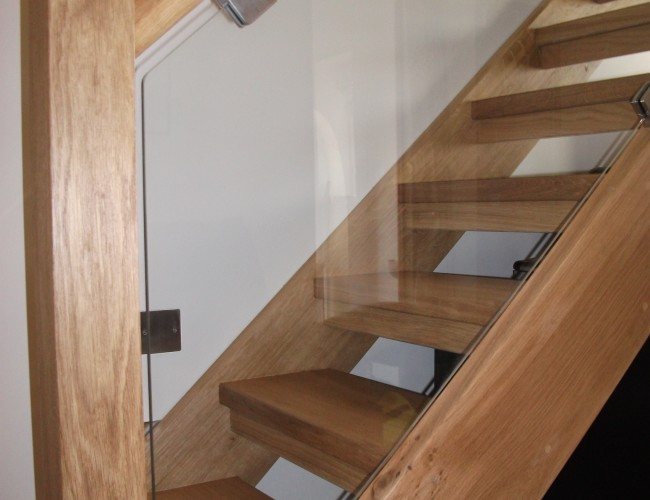 Oak With Glass Balustrade2