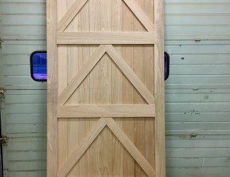 9ft Idigbo Door Inside