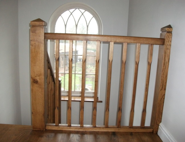 Oak with Chamf Balustrade