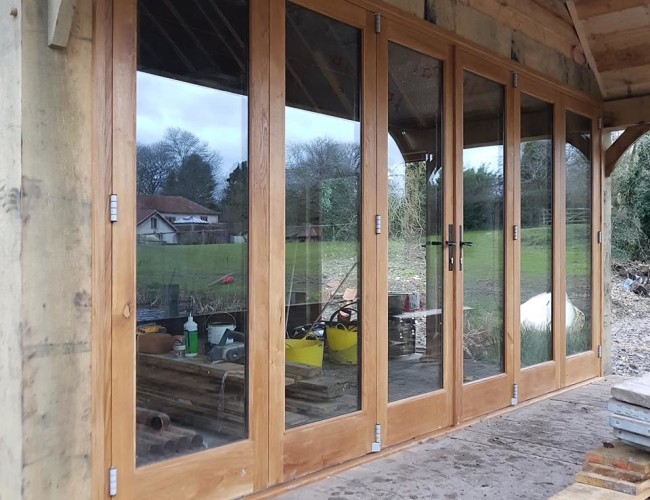 6 Door Oak Bifold